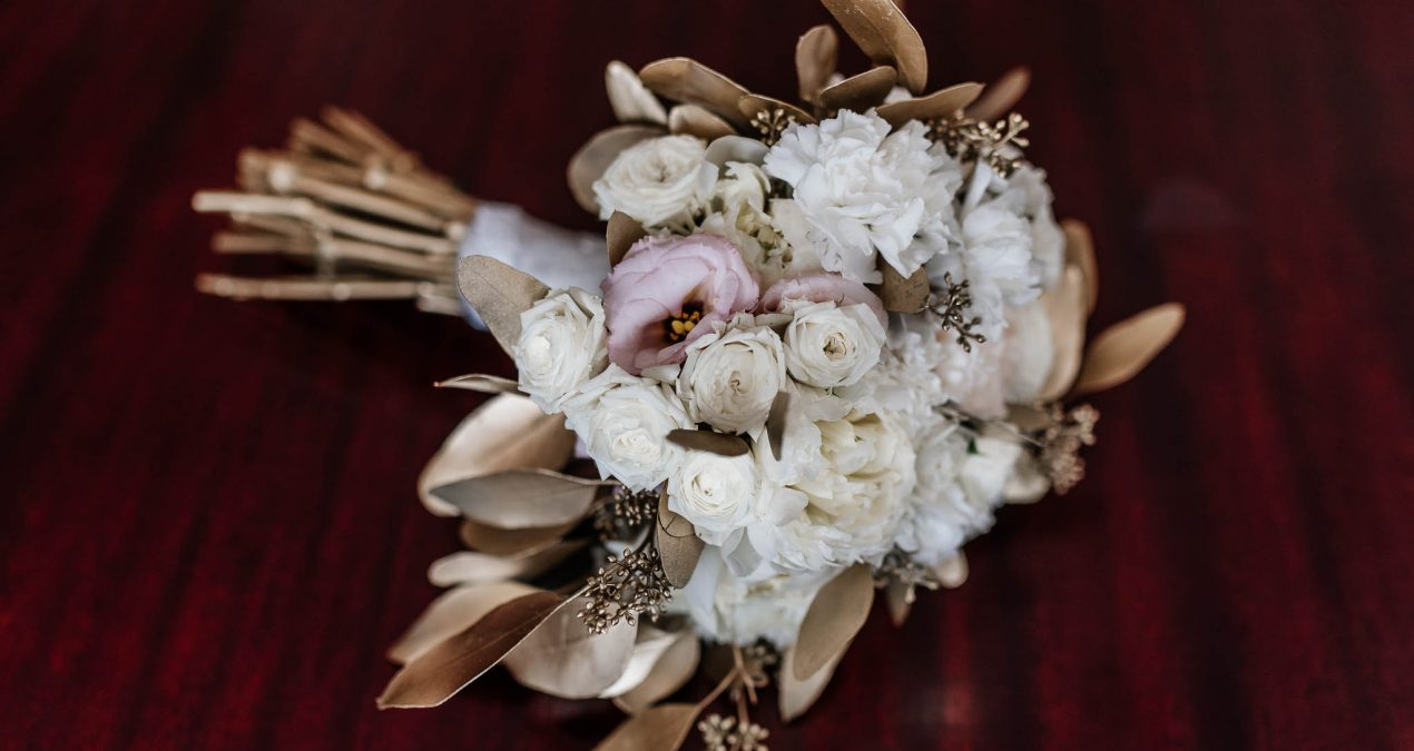 Wedding flowers – who gets what?