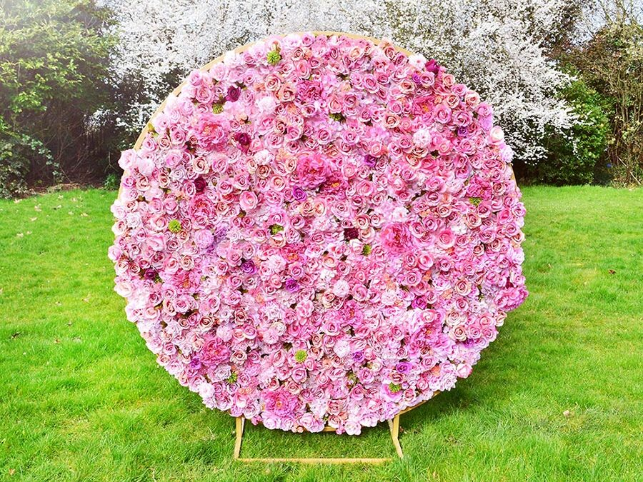 4 reasons why to choose artificial flowers than fresh on wedding decorations