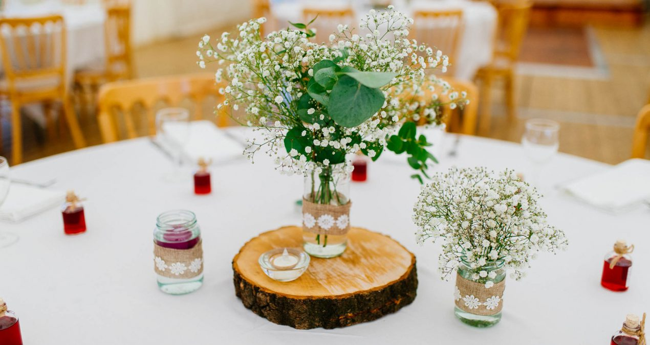 How to cut the costs of your wedding reception